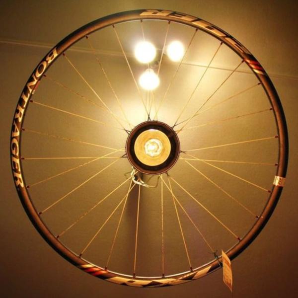 leonardo-da-vinci-ways-to-use-old-bicycle-rims0111