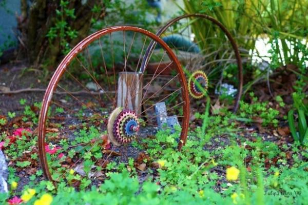 leonardo-da-vinci-ways-to-use-old-bicycle-rims0341