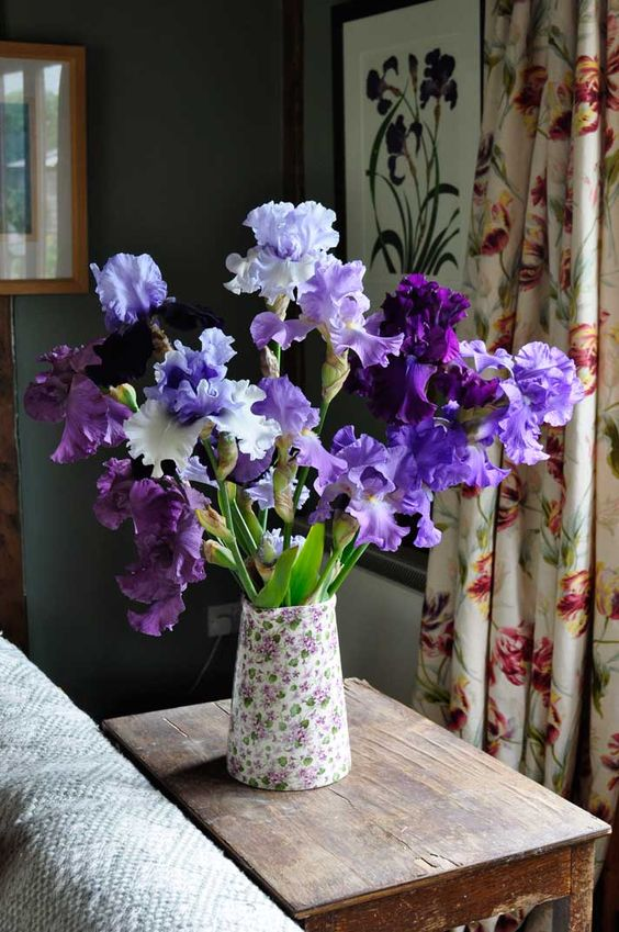 Learn How To Pair Flower Vases For The Best Results Bored Art