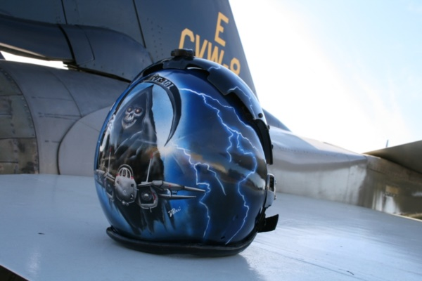 coolest-motorcycle-helmet-art-design0091