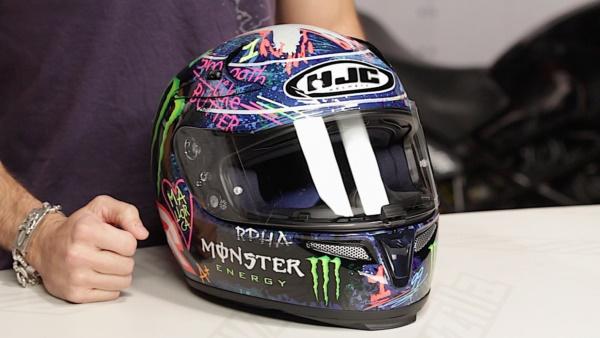 coolest-motorcycle-helmet-art-design0121