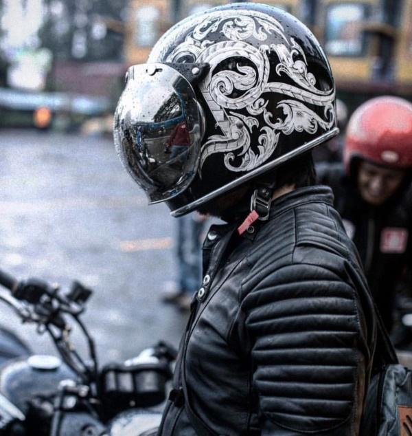 coolest-motorcycle-helmet-art-design0231