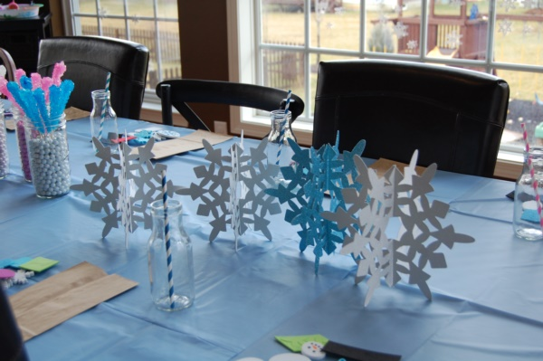 diy-paper-snowflakes-decoration-ideas0071