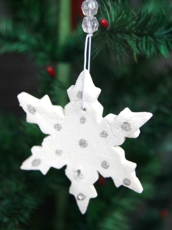 diy-paper-snowflakes-decoration-ideas0111