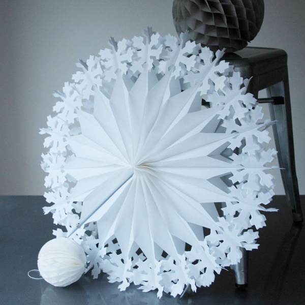 40 Diy Paper Snowflakes Decoration Ideas Bored Art