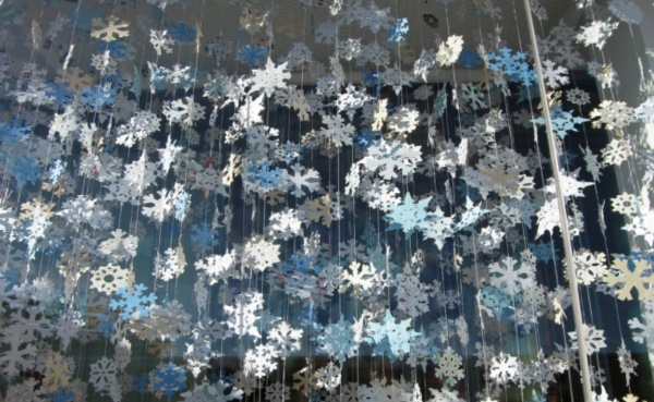 diy-paper-snowflakes-decoration-ideas0181