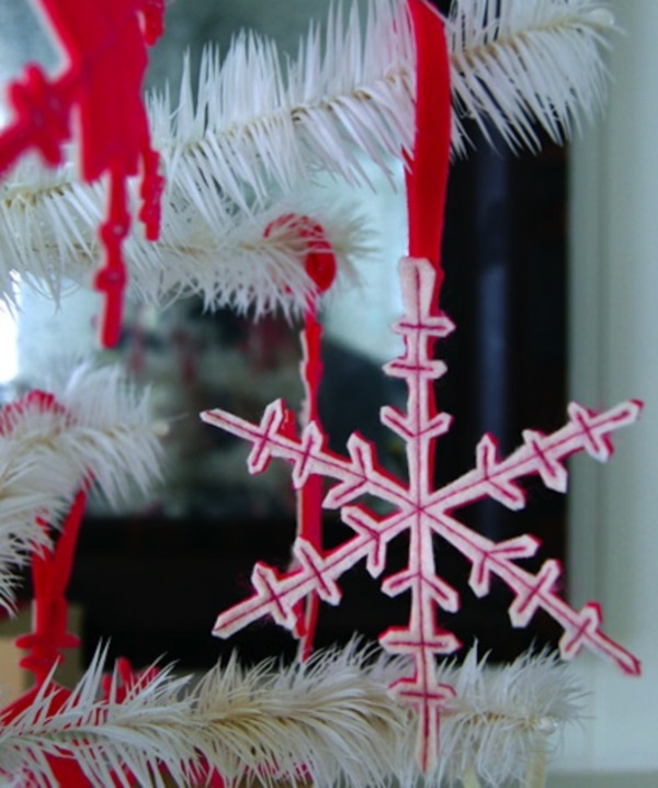 diy-paper-snowflakes-decoration-ideas0261