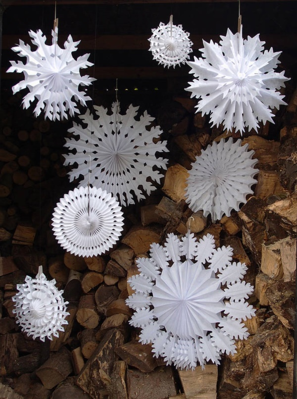 diy-paper-snowflakes-decoration-ideas0271