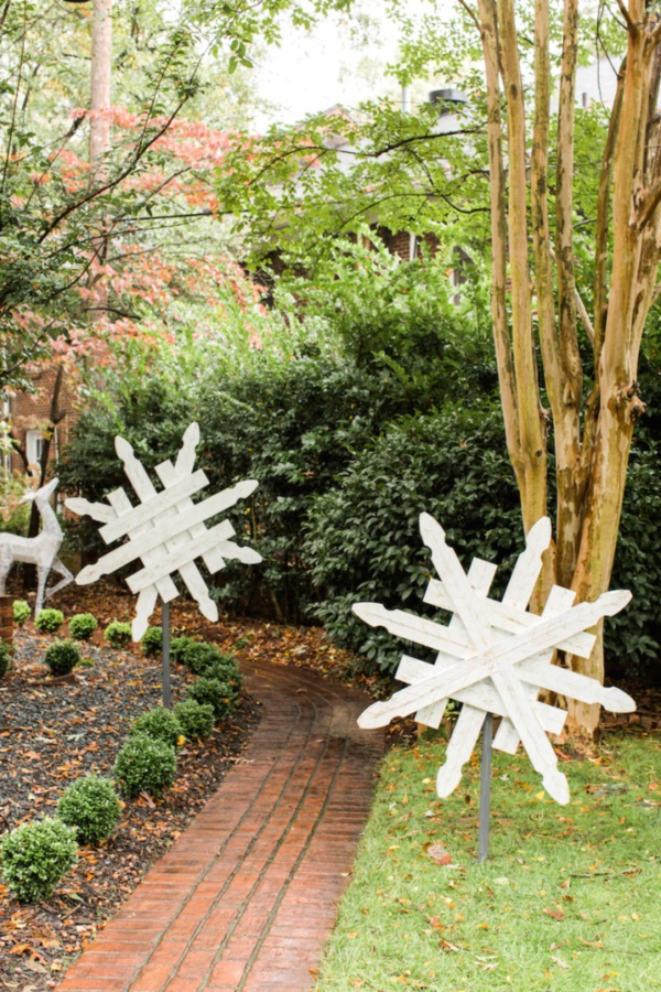 diy-paper-snowflakes-decoration-ideas0311