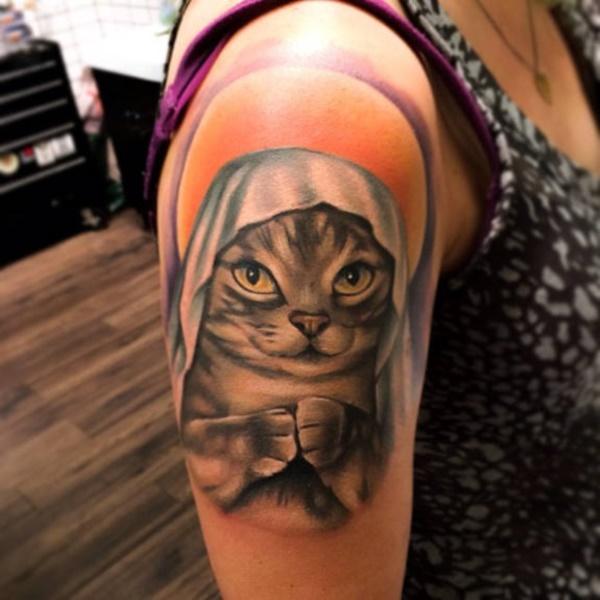 purposeful-tattoos-for-women0261