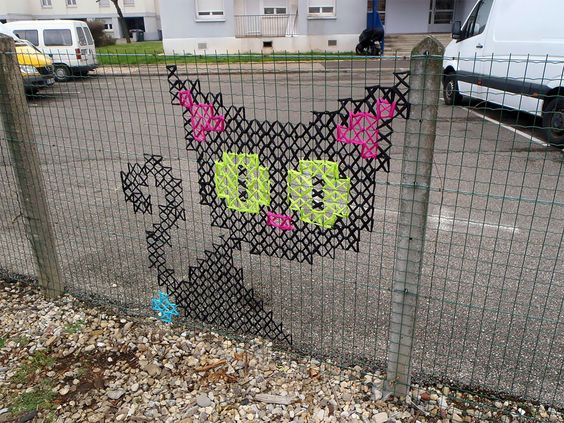 cross-stitch-street-art-19