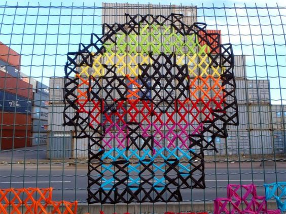 cross-stitch-street-art-25