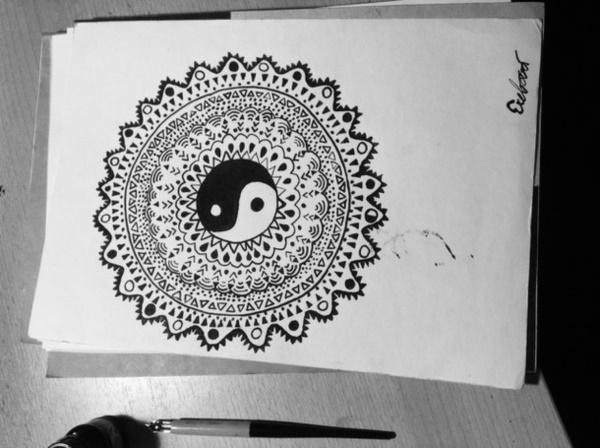 black-and-white-mandala-art-drawings0031