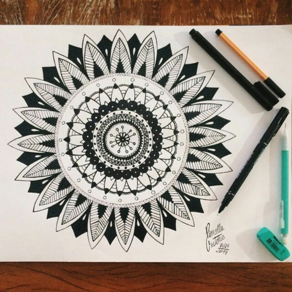 40 black and white mandala art drawings like you have never seen