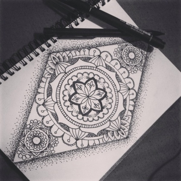black-and-white-mandala-art-drawings0101