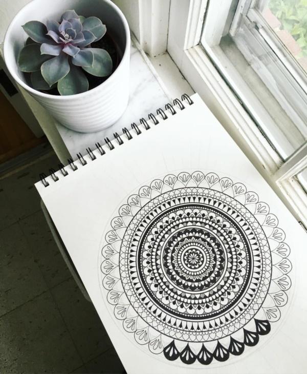 black-and-white-mandala-art-drawings0281