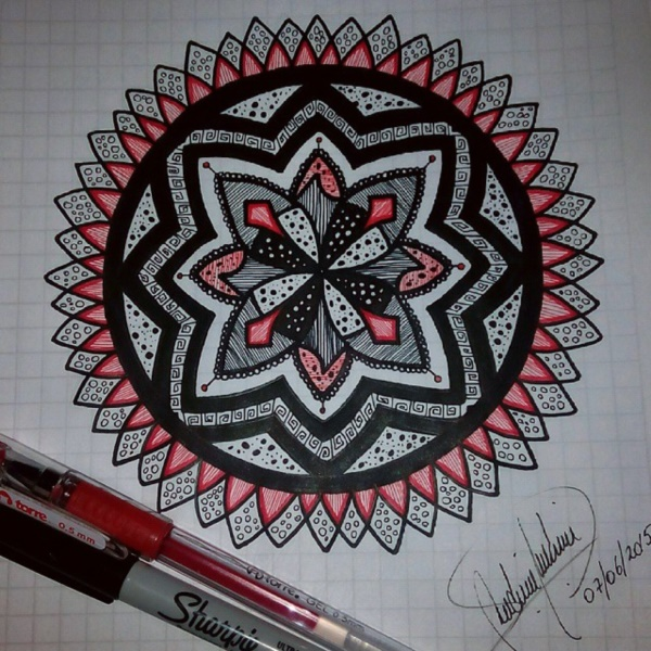 black-and-white-mandala-art-drawings0371