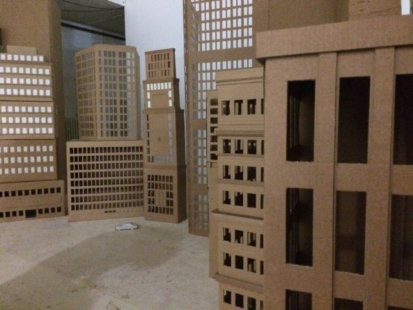 incredible-examples-of-cardboard-city-art0071