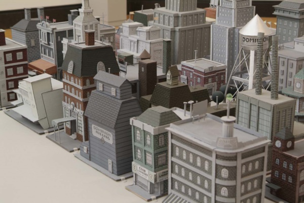incredible-examples-of-cardboard-city-art0111