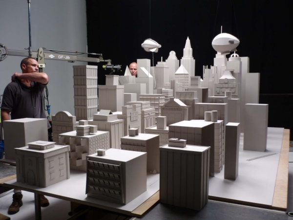 incredible-examples-of-cardboard-city-art0211