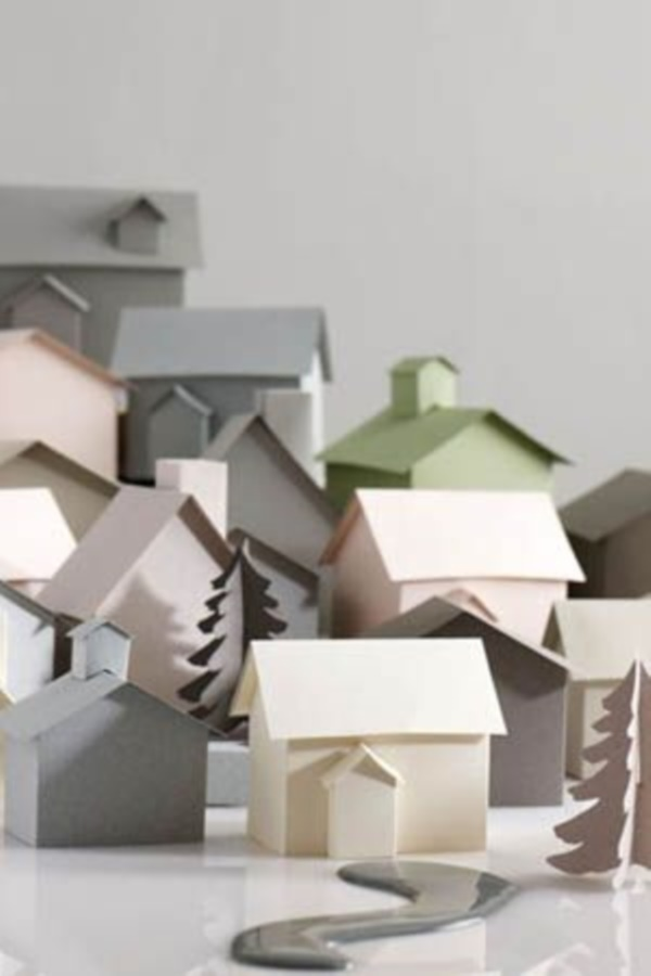 incredible-examples-of-cardboard-city-art0331