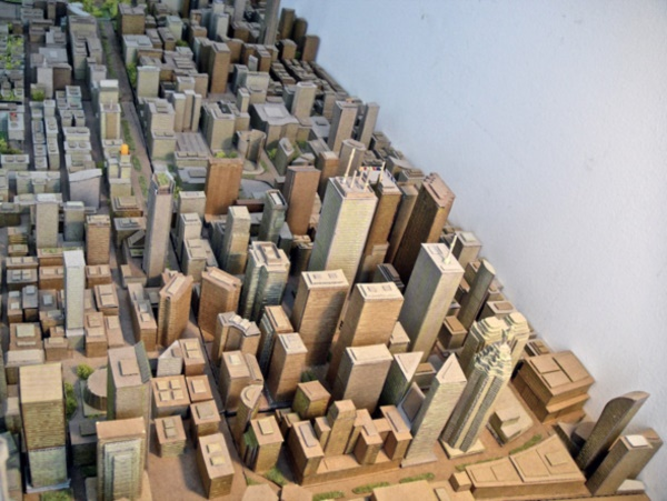 incredible-examples-of-cardboard-city-art0351