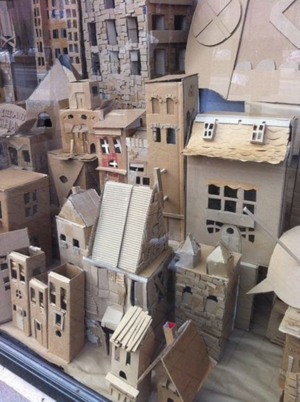incredible-examples-of-cardboard-city-art0361