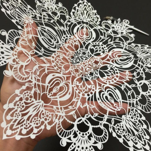 detailed-paper-cutting-art-works-which-needs-good-skills-0191