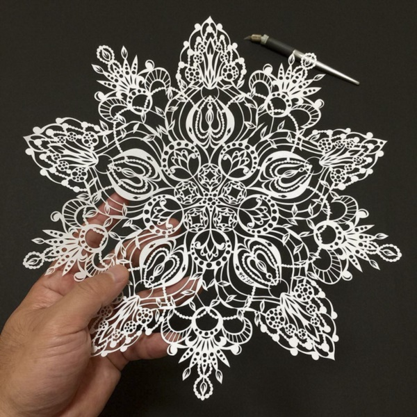 detailed-paper-cutting-art-works-which-needs-good-skills-0231