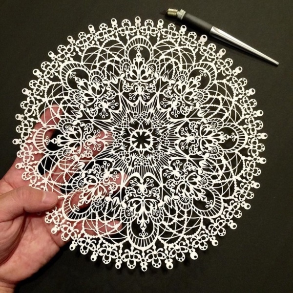 detailed-paper-cutting-art-works-which-needs-good-skills-0291