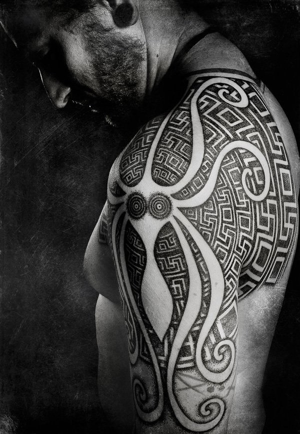 intricate-tattoo-designs-cant-keep-my-eyes-off0341