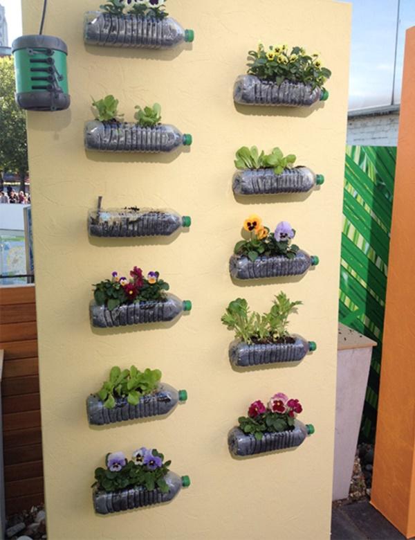 40 brilliant plastic bottle garden ideas - Plastic bottle vertical garden ideas ...