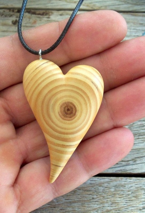 Creative Wood Whittling Projects and Ideas14