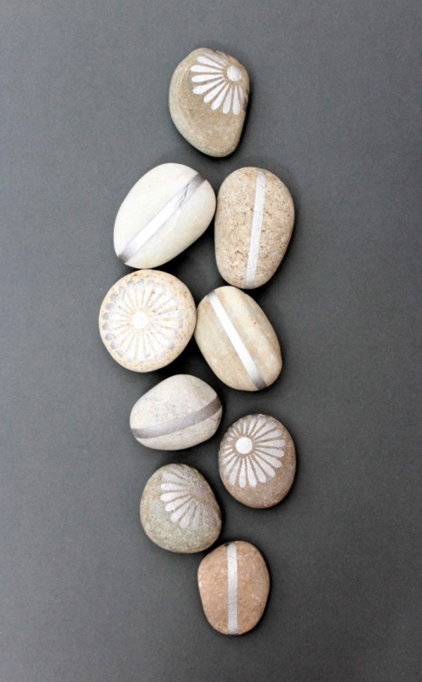 Handy Rock And Pebble Art Ideas For Many Uses8