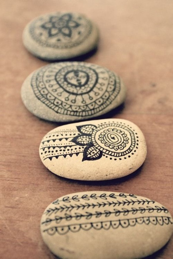Handy Rock And Pebble Art Ideas For Many Uses9