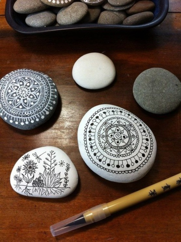 Handy Rock And Pebble Art Ideas For Many Uses21