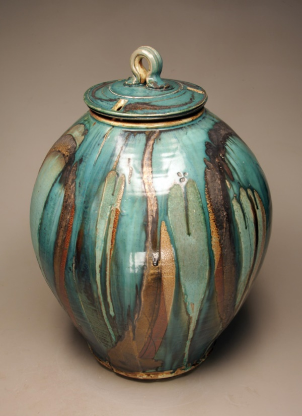 More pottery painting ideas and crafts for Cool pottery designs