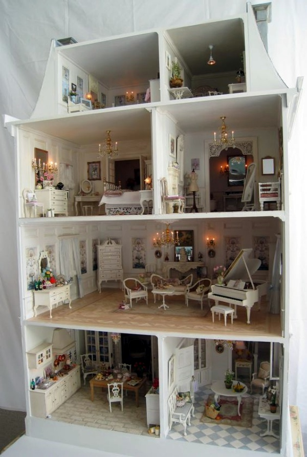 40 Realistic Dollhouse Installations For A Virtual Experience
