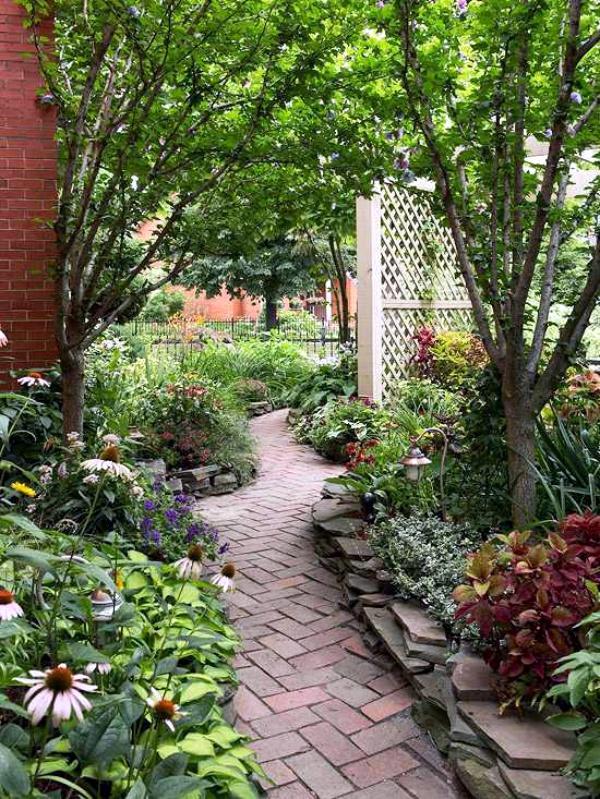 40 Different Garden Pathway Ideas on Backyard Pathway Ideas id=21195