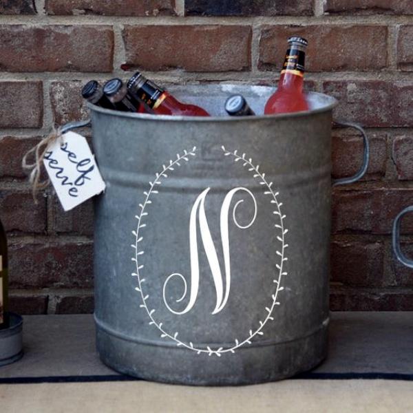 40 lovely monogram ideas for the home