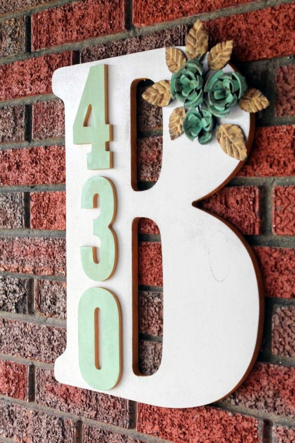 40 lovely monogram ideas for the home for Initial decorations for home