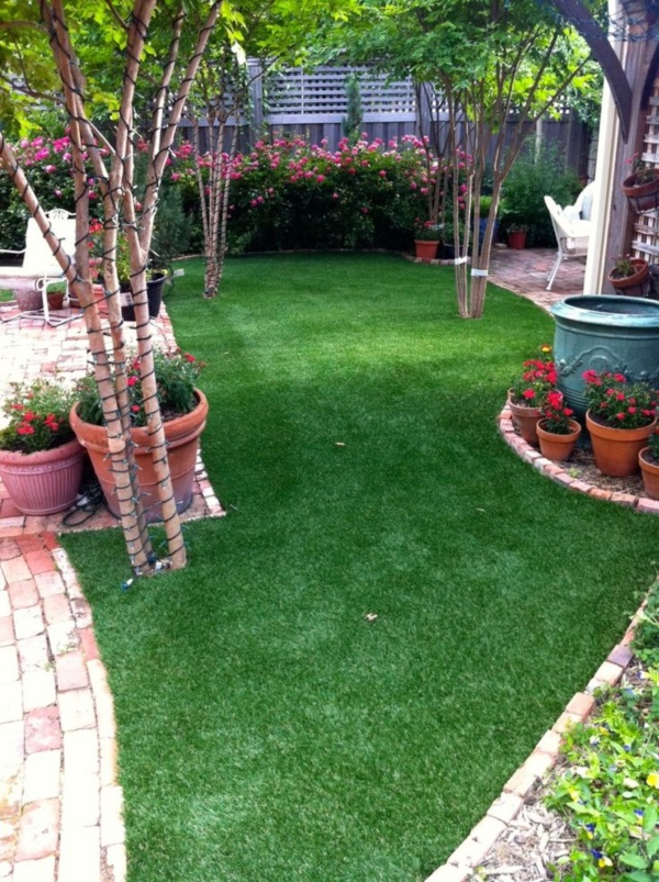 40 Pro Artificial Grass Ideas to Look Into - Bored Art