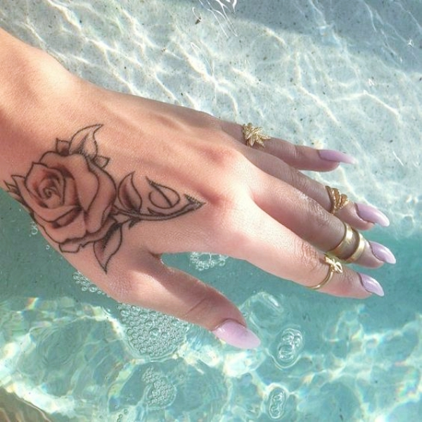40 Gorgeous Rose Tattoo Designs For Women Bored Art