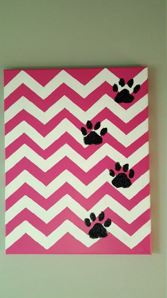 Neck-Turning-Animal-Print-Wall-Art-Ideas